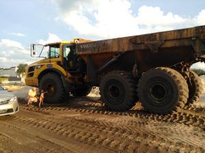 Dump Truck -- Mighty Machine Style!